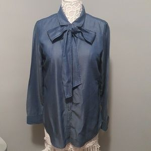 Banana Republic Dillon Chambray Long Sleeve BD Top